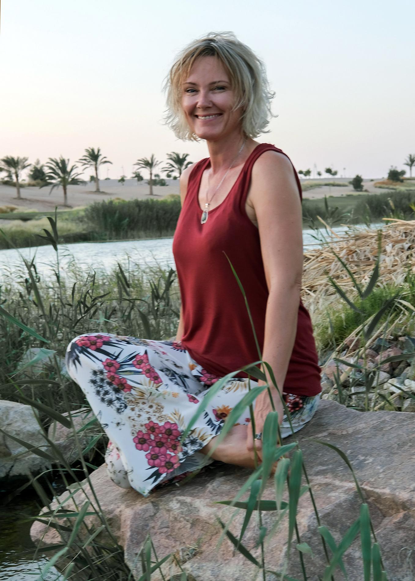 Jolinda Cath holistic health practitioner